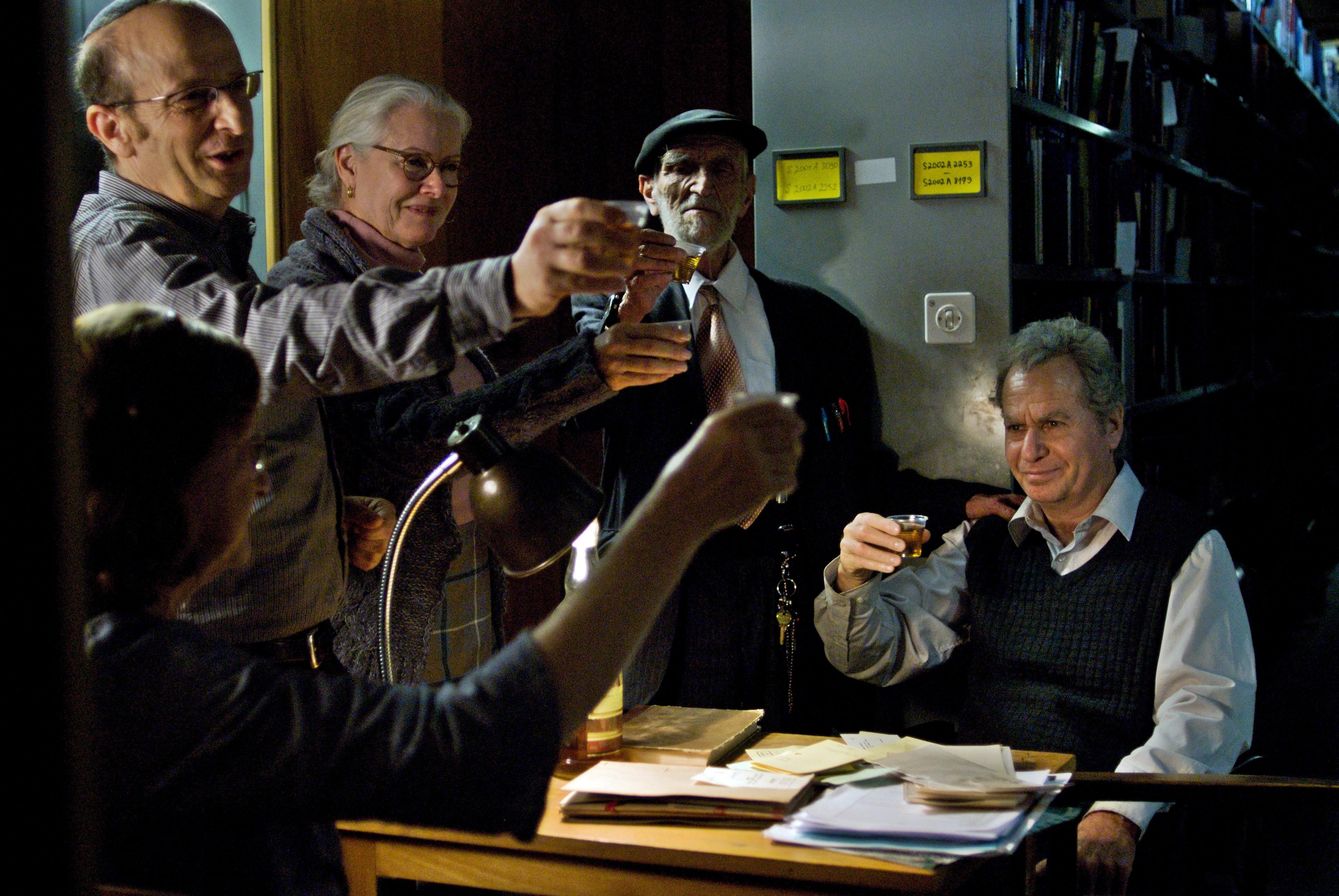 Fotograma de la película Pie de página (Footnote)