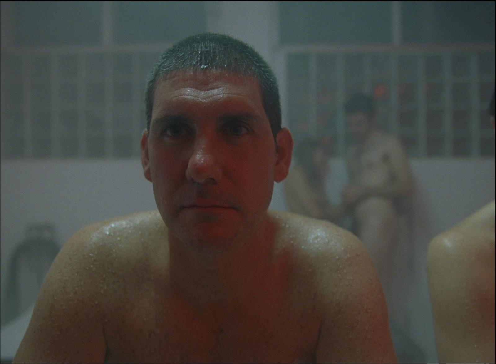 Fotograma de la película Post Tenebras Lux