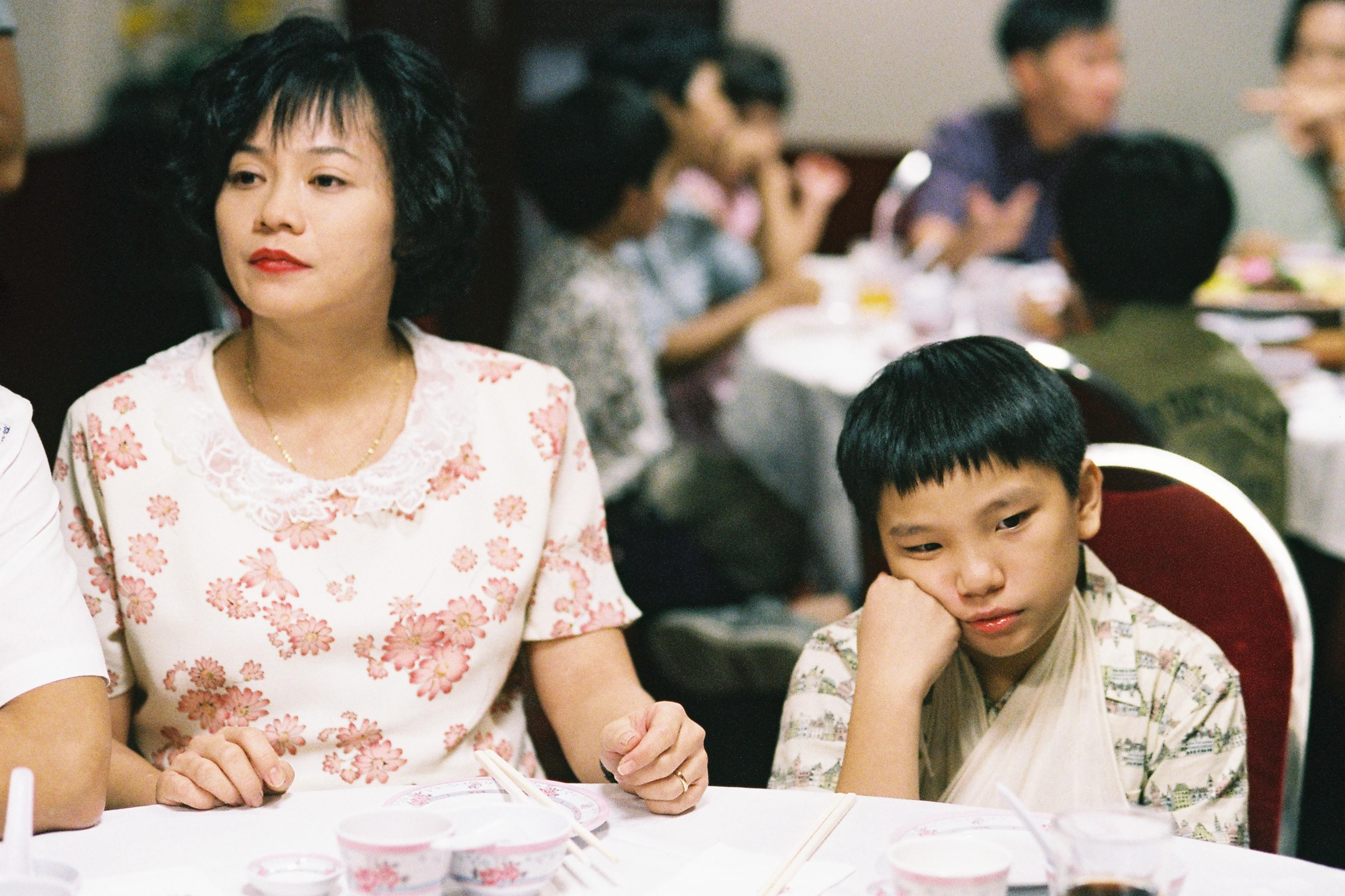 Fotograma de la película Retratos de familia