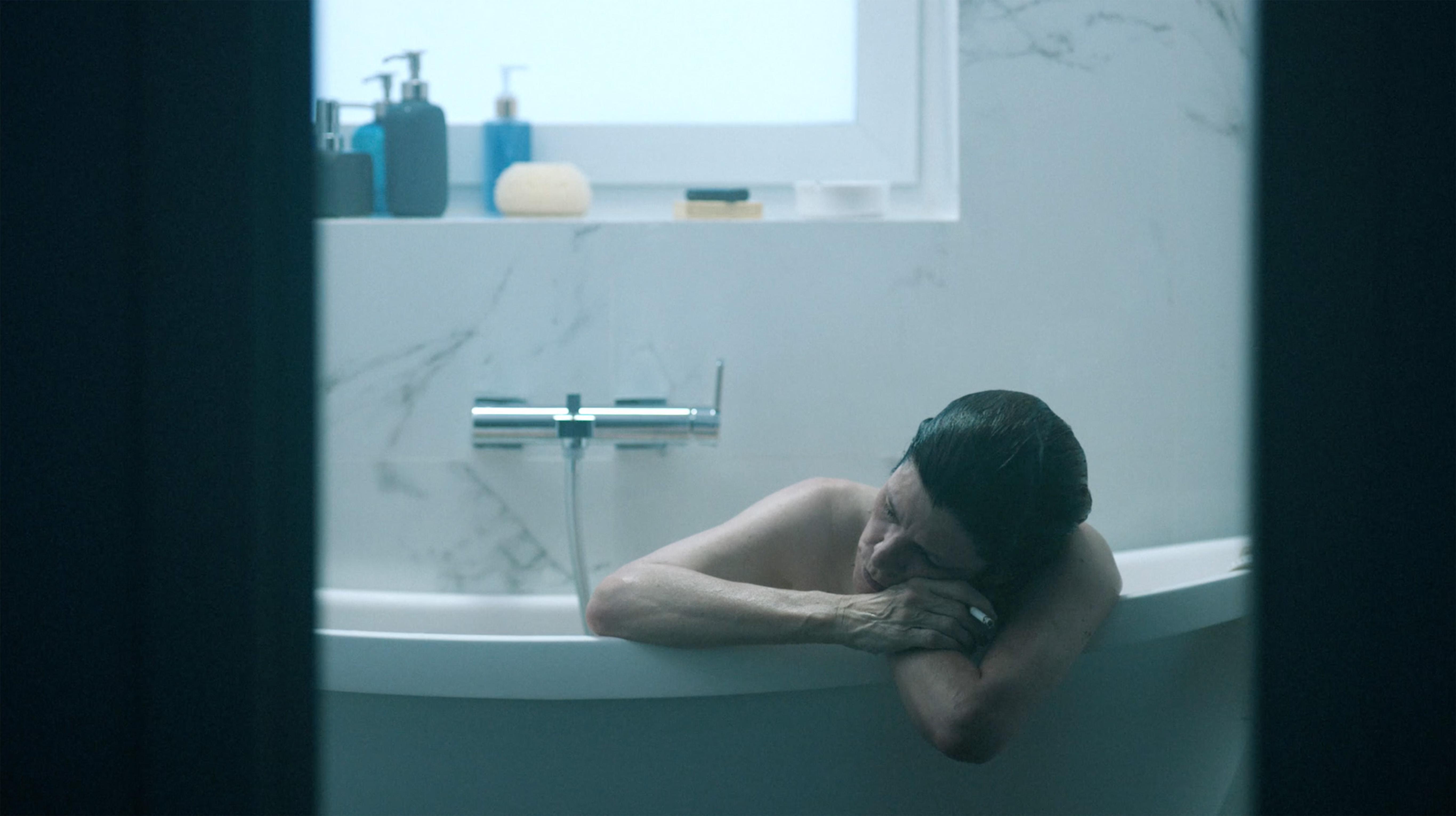 Fotograma de la película Touch Me Not (No me toques)
