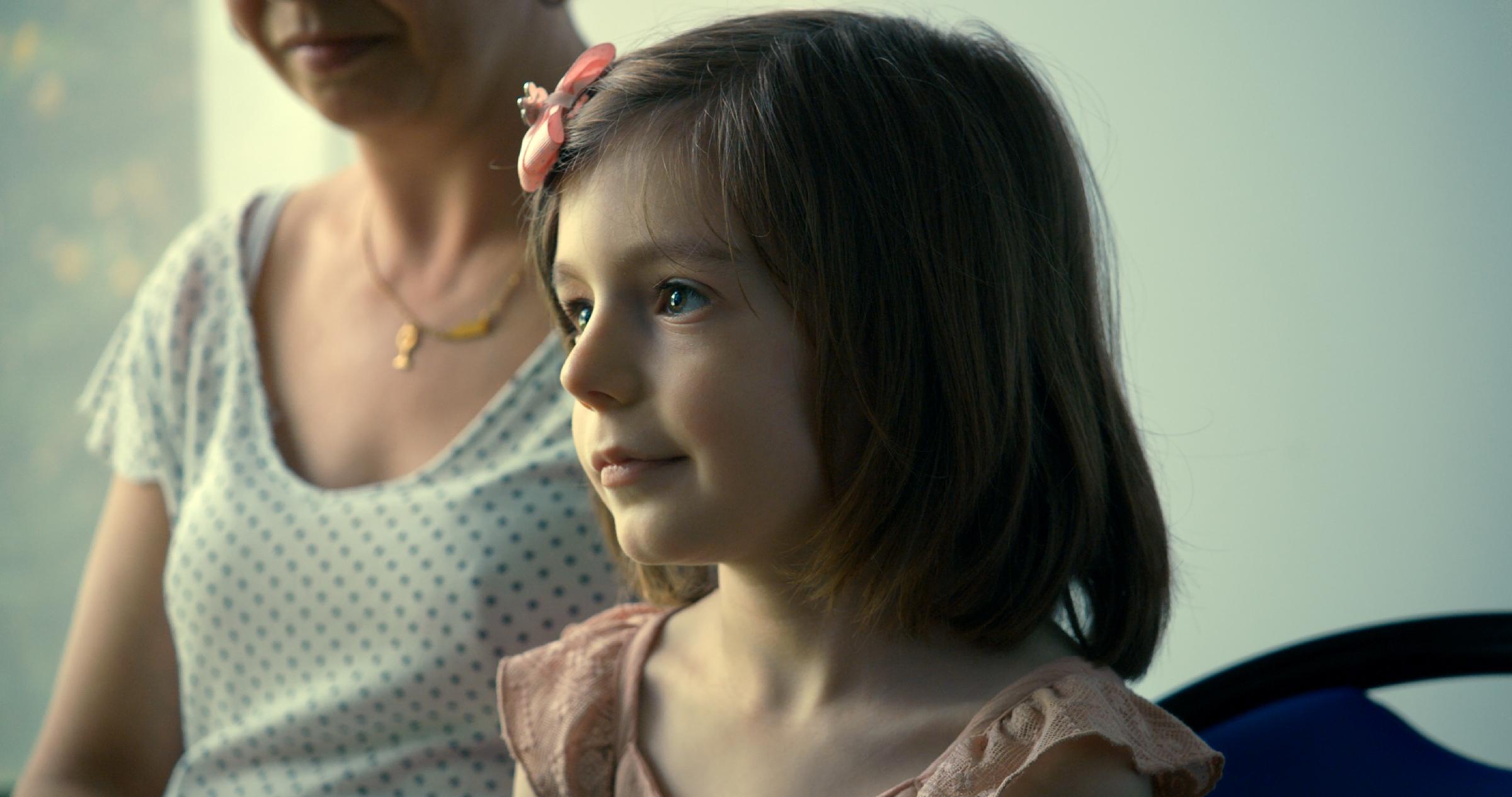 Fotograma de la película Una niña